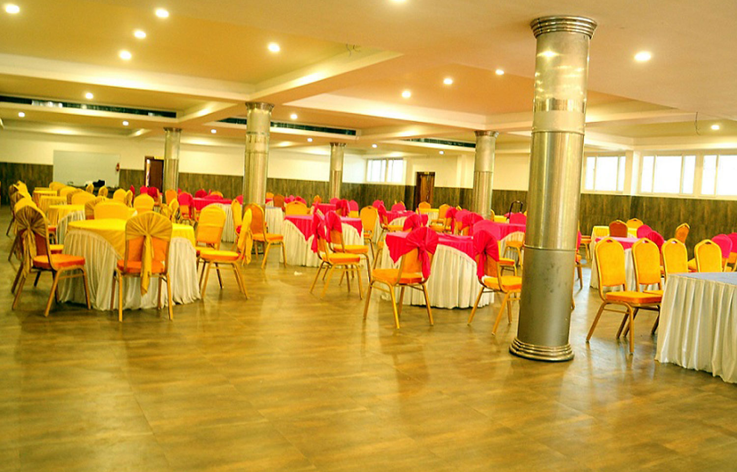 Best Dining Capacity in TCC HALL Palakkad